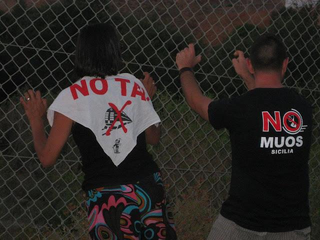NO MUOS e NO TAV insieme alla base di Niscemi by 11