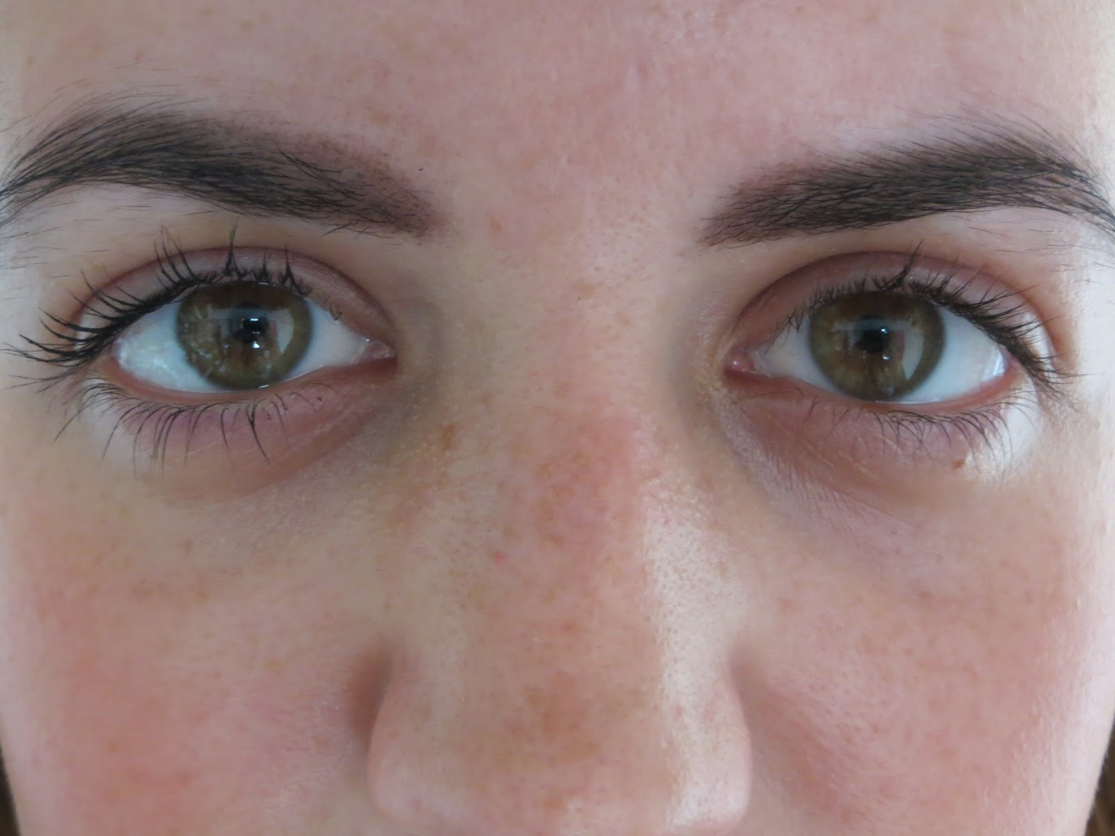 Living Nature Thickening Mascara Review
