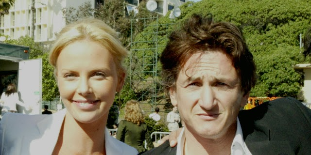 Parejas disparejas Charlize Theron y Sean Penn