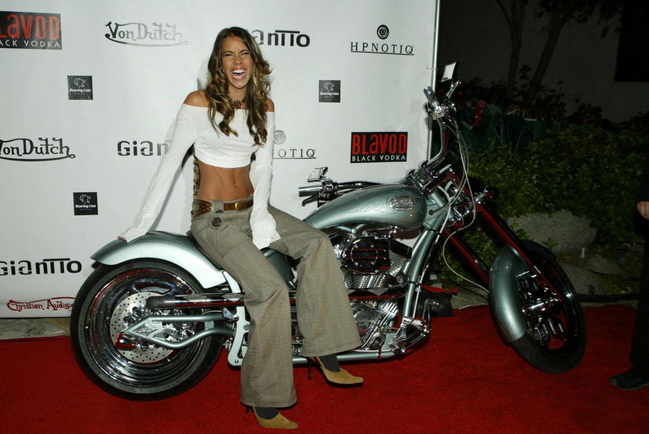 http://1.bp.blogspot.com/-YZy1mKgBbqQ/TgcZwEp7jhI/AAAAAAAAQvc/ZfXYiRrKgwo/s1600/american-celebrity-ryan-starr-wallpapers%2B%25282%2529.jpg