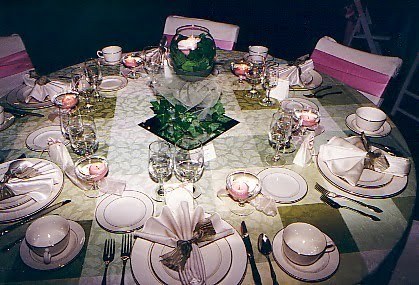 How To Decorate Tables For Wedding Reception