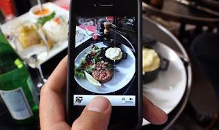 Posting Foto Makanan di Media Sosial Berisiko bagi Kesehatan