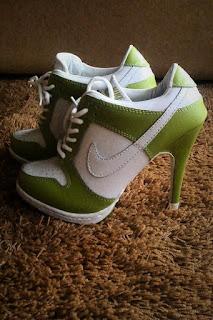 sepatu nike untuk wanita