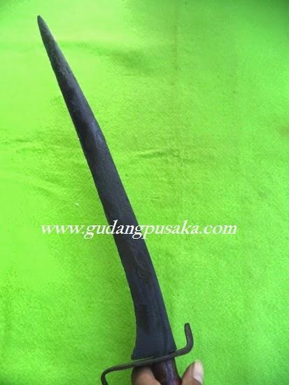 Pedang Lar Bangau Bertuah