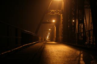 Long BIen bridge-night in HN