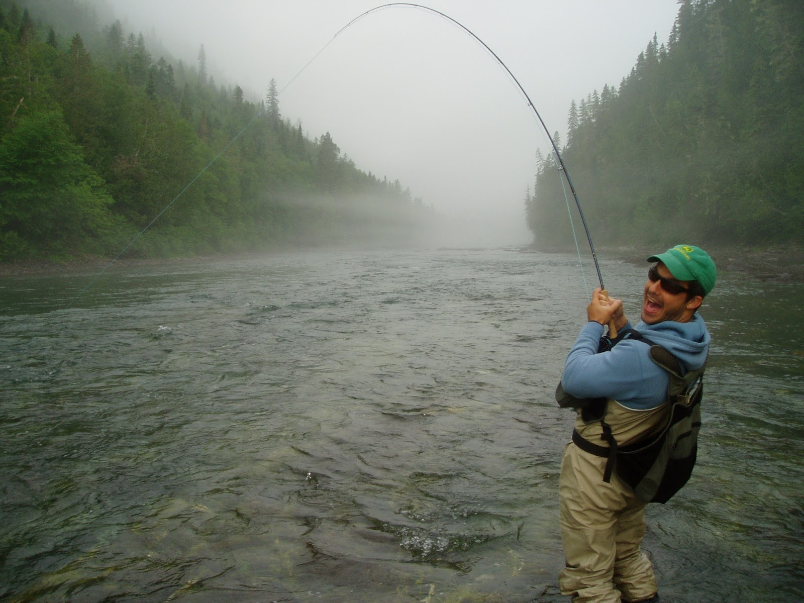 Intense gasp intense gasp sie bchm fly fishing for Fly fishing for salmon