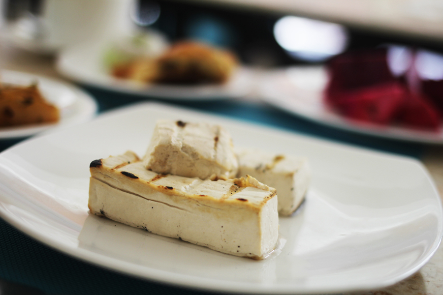 grilled tofu breakfast
