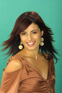 Early life about Ada Nicodemou