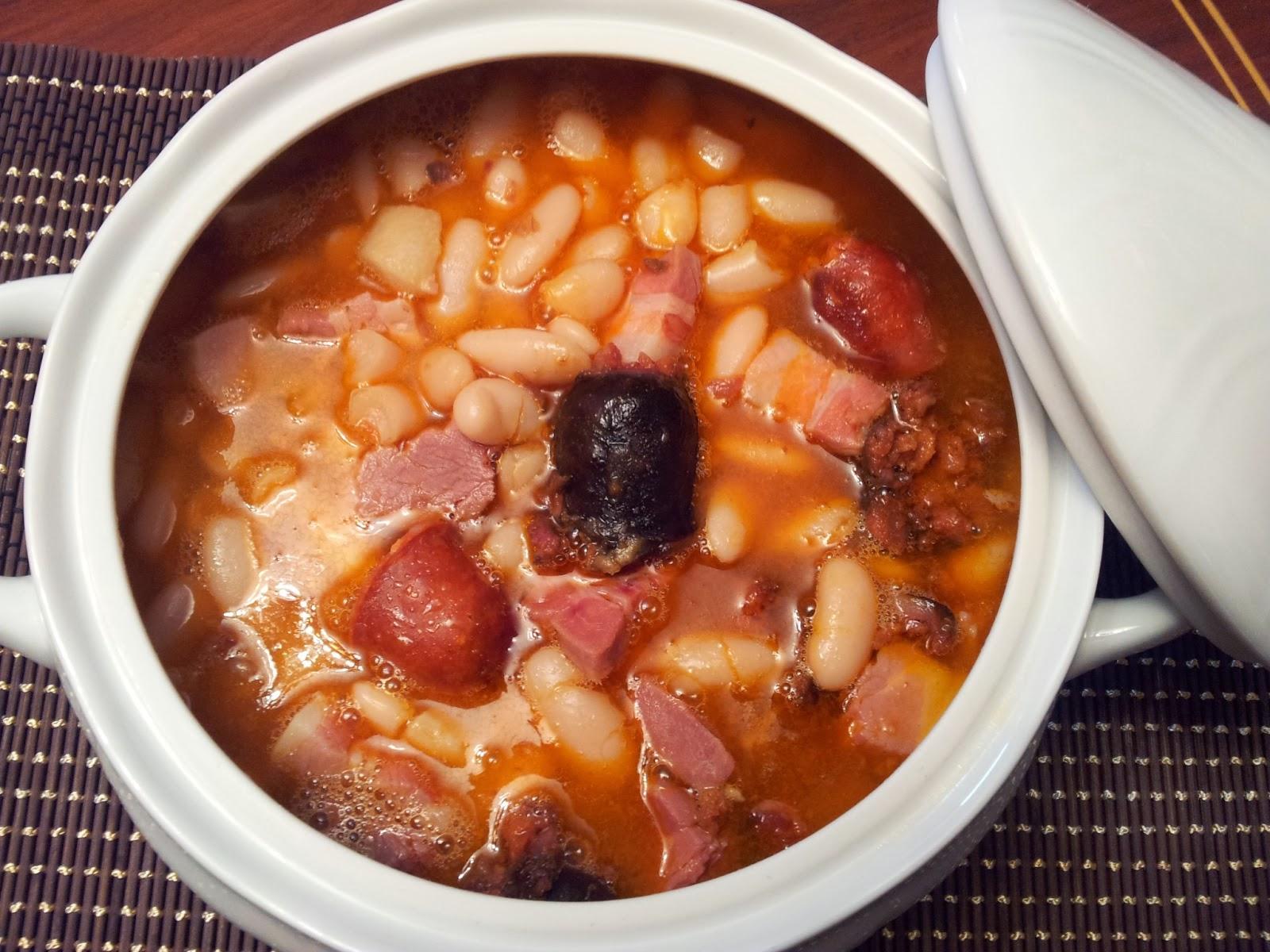 Cocinando entre cacharros fabada asturiana for Como cocinar fabada asturiana