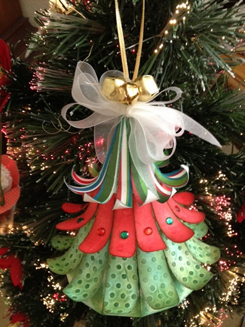 Craft creations d hanging christmas tree ornament