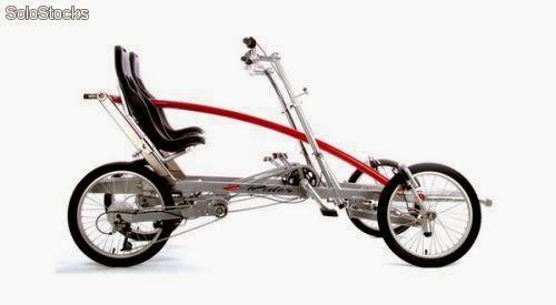 Bicicleta de pedal Vintage 4 ruedas