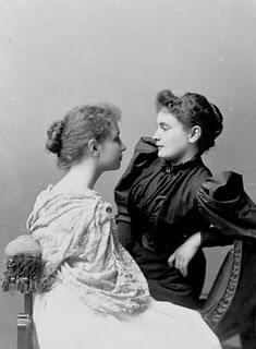 """""""Todo lo que amamos profundamente se convierte en parte de nosotros"""". Helen Keller"""