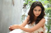 Tridha glamorous photo shoot-thumbnail-20