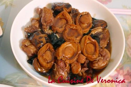 La Cuisine De Veronica 鮑魚花菇雲耳炆雞