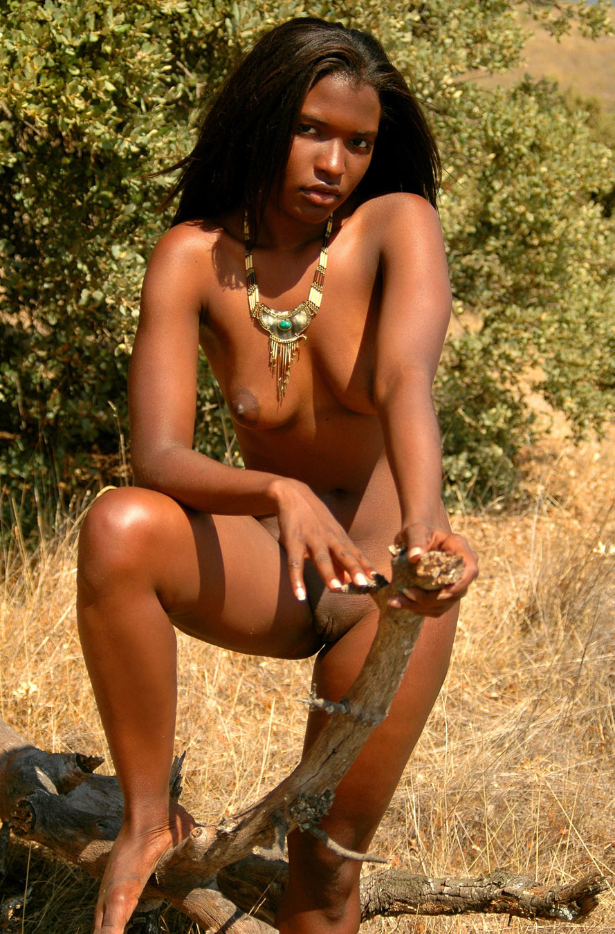naked black tribal girl