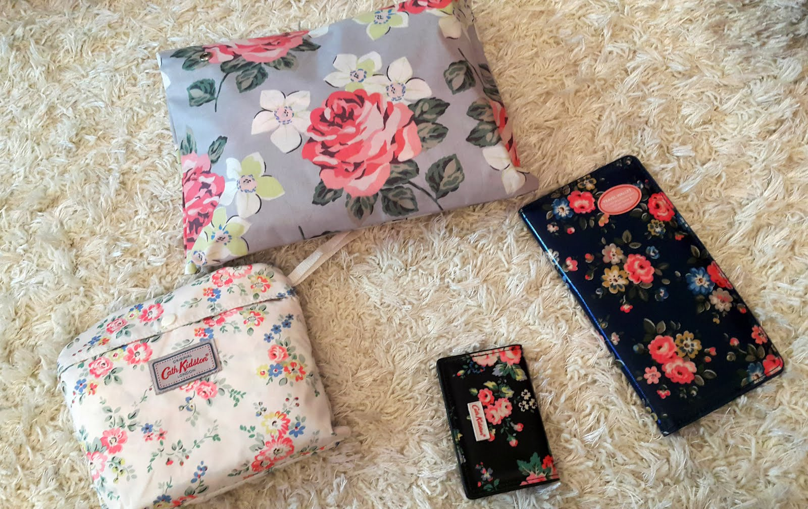 The silver kick diaries cath kidston travel essentials both bags folded up into their pouches this is great as you can carry them in your handbag or travel luggage and open them when you need to colourmoves