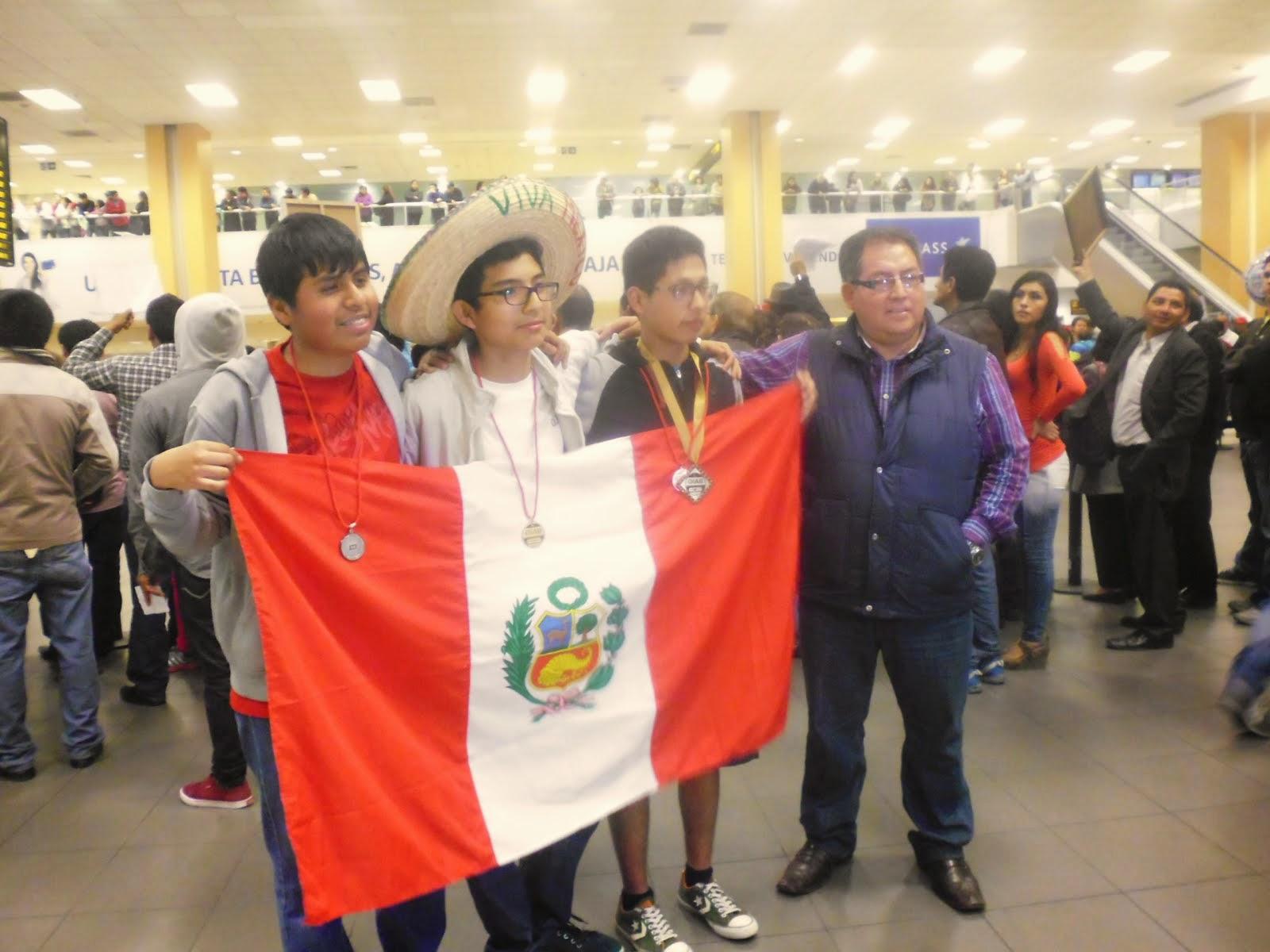 PERÚ BICAMPEÓN IBEROAMERICANO DE BIOLOGIA VIII OIAB MEXICO 2014.