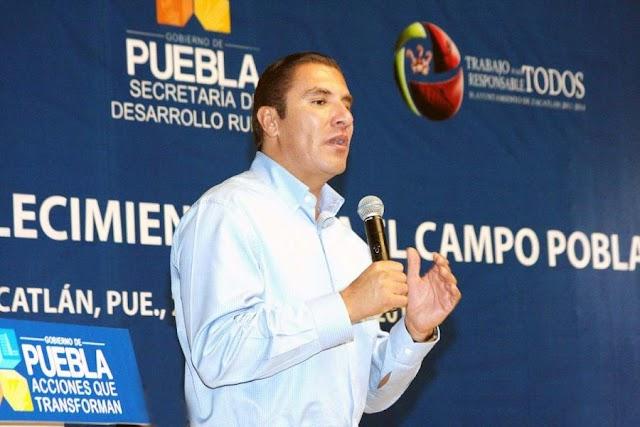 Entrevista telefónica al Gobernador de Puebla con López Dóriga.