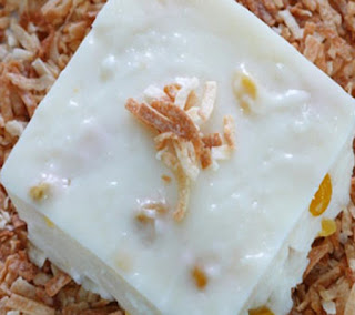 Filipino Maja Blanca Coconut Pudding