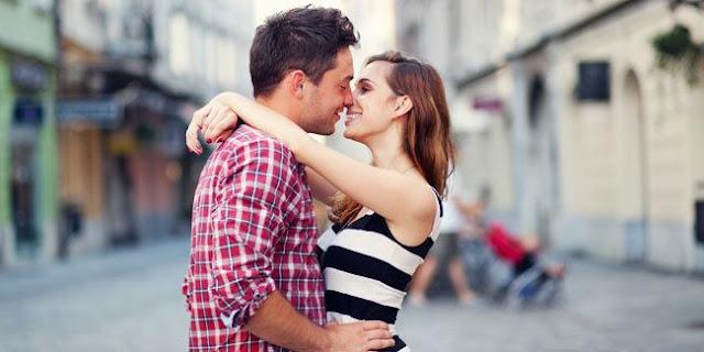 5 Teknik Ciuman Romantis [ www.BlogApaAja.com ]