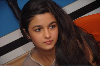 Alia Bhatt Wallpapers 2013