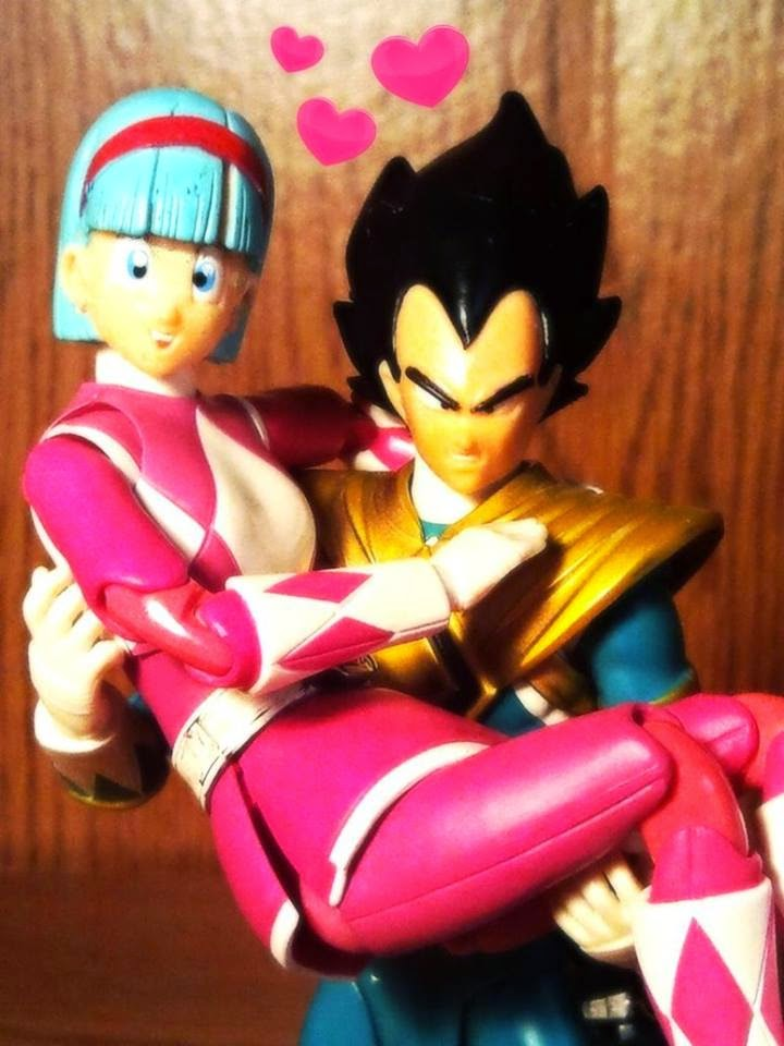 Figuras de Dragon Ball y Power Rangers, Bulma y Vegeta
