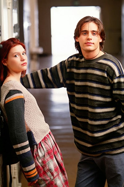 school style -Shot from the TV series _My So-Called Life