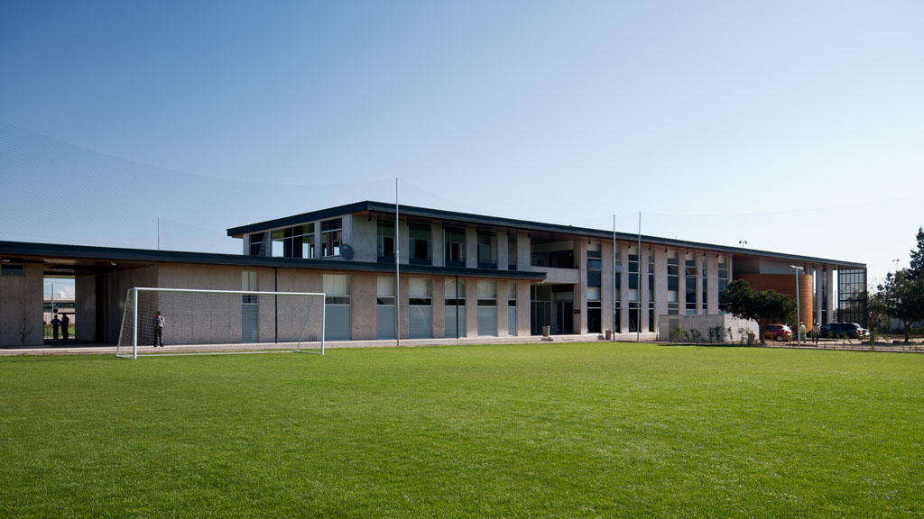 Club deportivo universidad de chile plan arquitectos for Universidades para arquitectura