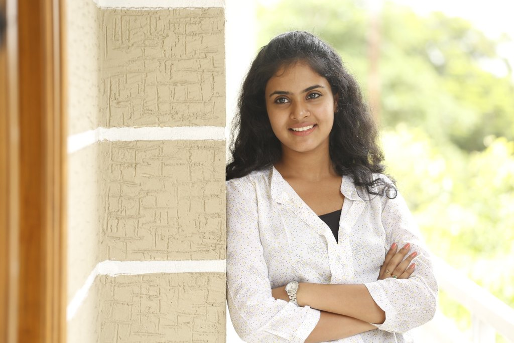 Actress Sukriti latest Photoshoot HD images