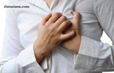 wanita sakit jantung
