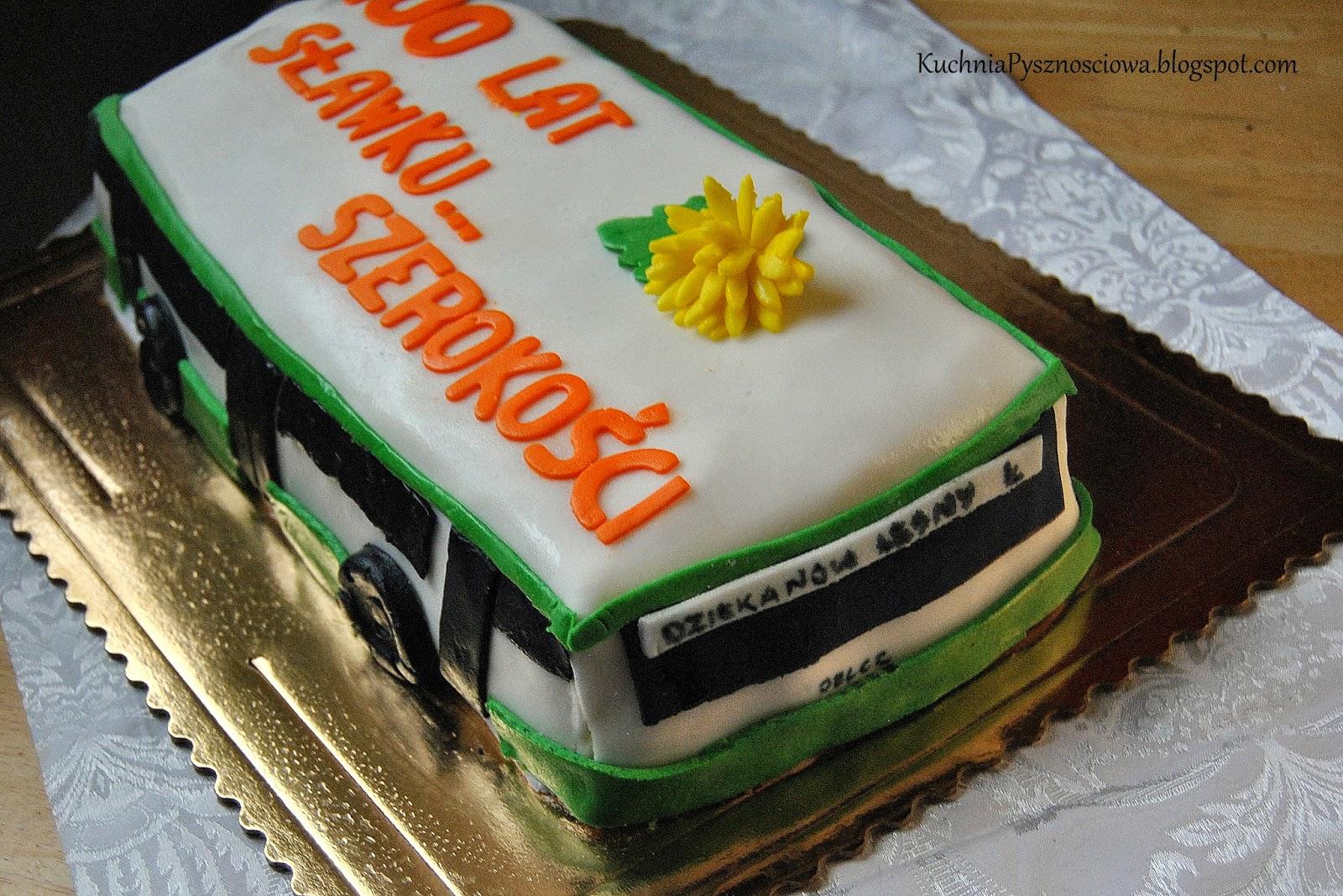 Tort z autobusem z Komunikacji Miejskiej w Łomiankach