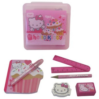 Hello Kitty cupcake desk stationary set