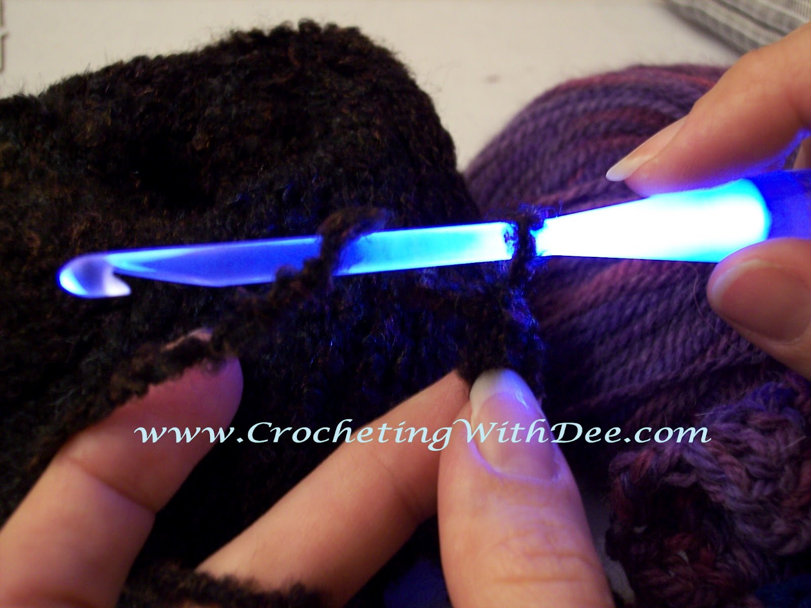 Crochet Light Up Hooks : Dees Hooks & Stitches: NeedleLite Crochet Hook