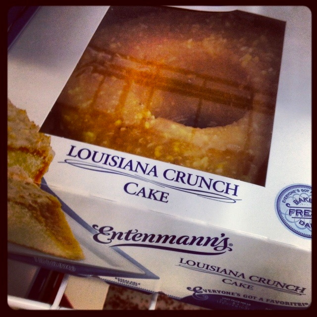 "at the Entenmann's pastries and saw this ""Louisiana Crunch Cake ..."