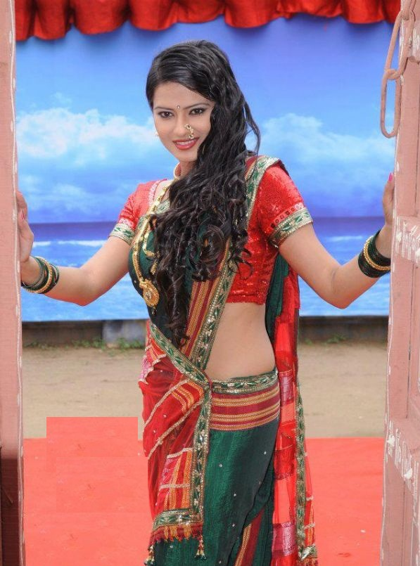 Kratika Sengar Hindi Tv Serial Actress Sey Hot Hd Pics