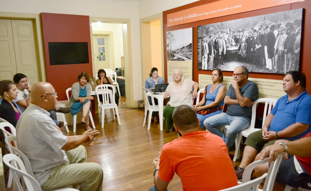 O encontro foi realizado na Casa da Memória Arthur Dalmasso