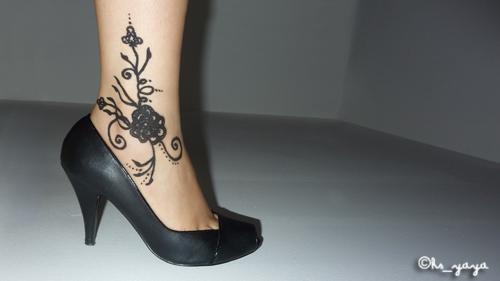 Un blog de fille: Harkous | Un tatouage éphémère sur mon pied