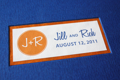 Jill and Rich chose such a bold color scheme for their wedding The royal