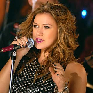 Kelly Clarkson - Let Me Down Lyrics | Letras | Lirik | Tekst | Text | Testo | Paroles - Source: musicjuzz.blogspot.com
