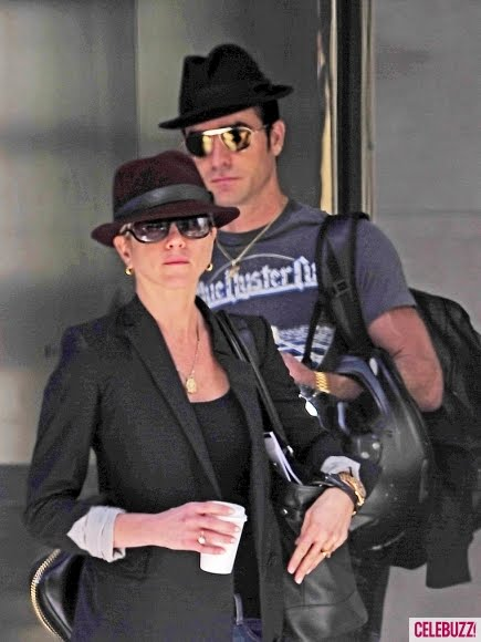Jennifer Aniston & Justin Sport Matching Fedoras In NYC