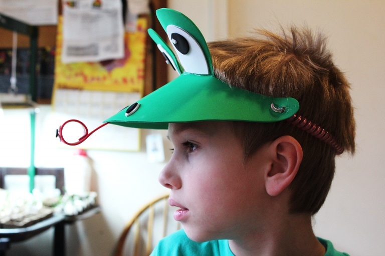 sc 1 st  Creative Learning & DIY Last Minute Frog Costume | Creative Learning