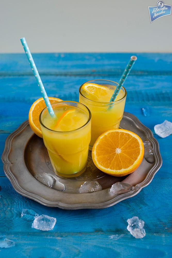 sok z ananasa drinki