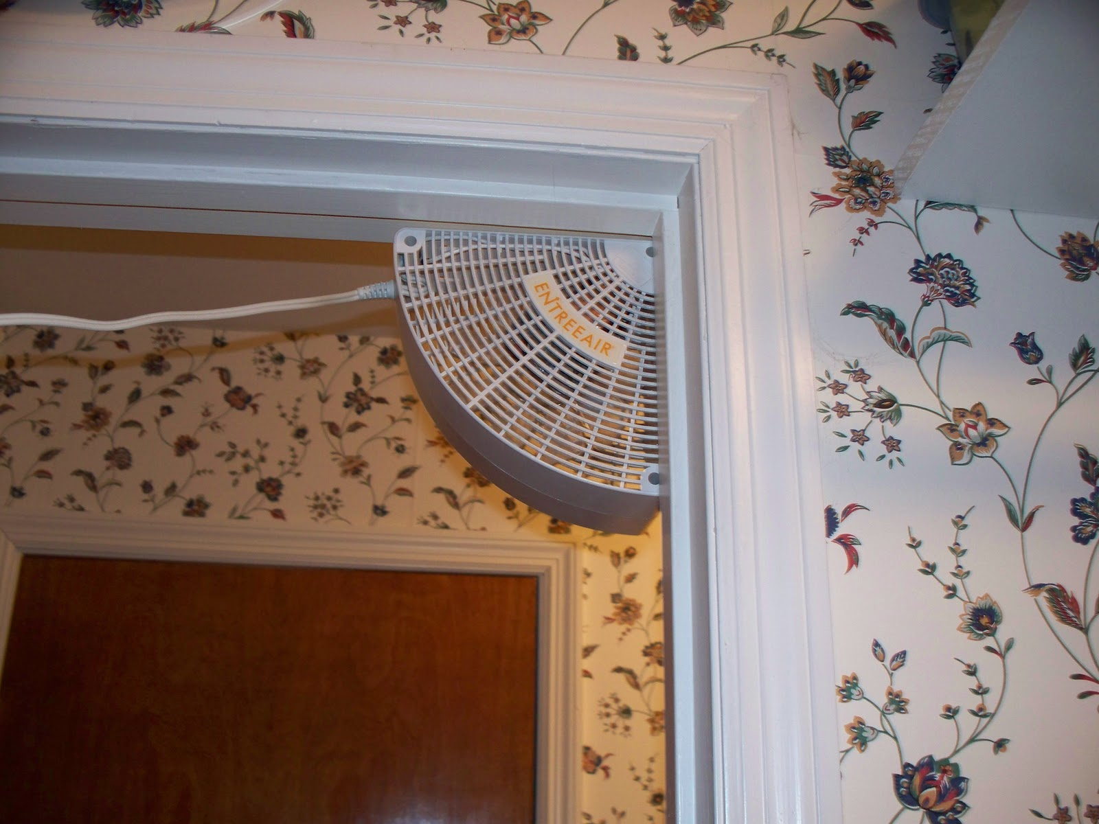 Wonderful This Is An Air Circulation Fan. Obviously It Fits In The Corner Of A Doorway.  What You Can\\u0027t See Is That You Can Position The Fan In A Couple Of ..
