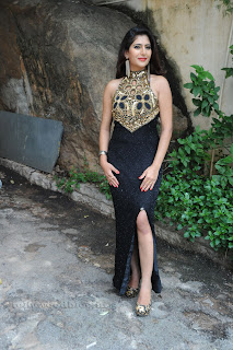 Neha saxena  Picture shoot 001.jpg
