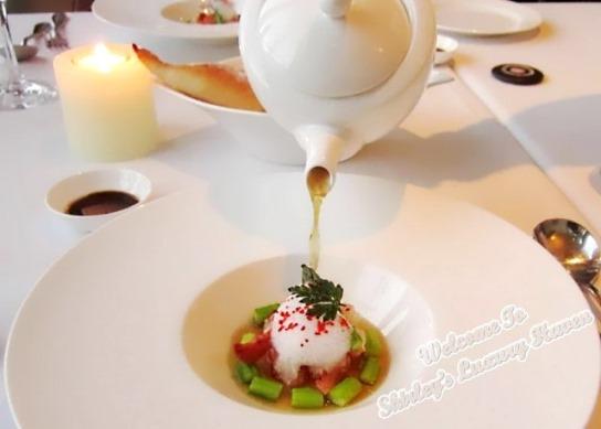 la cucina italian restaurant seoul aragosta lobster consomme
