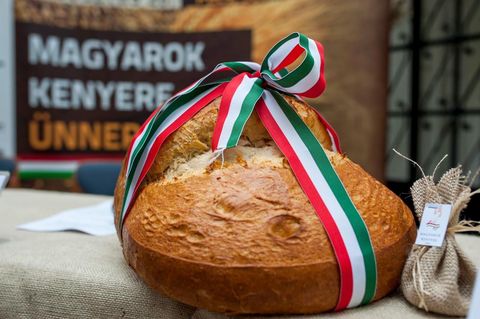 magyarok kenyere, kenyér, Mindennapi kenyér, Reményik Sándor, vers-szombat, vers, költemény,