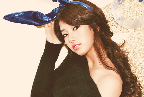 PICTURE BAE SUZY USING BLUE HEADBAND