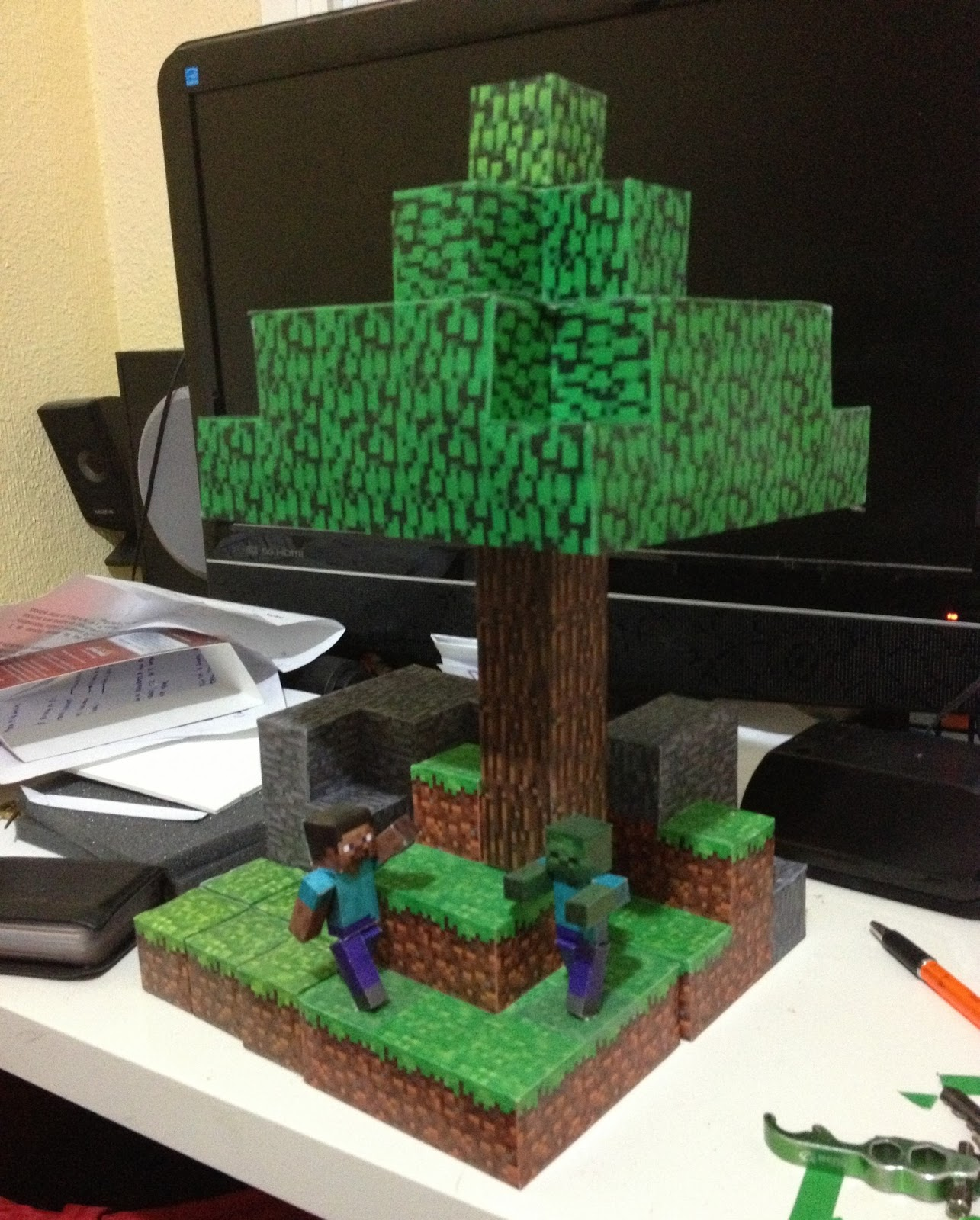 Mini at least papercraft minecraft xvi rbol tree - Casa del arbol minecraft ...
