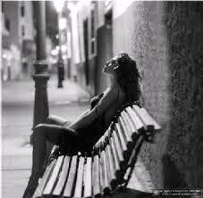 La soledad es muy hermosa... cuando se tiene alguien a quien decírselo.(Gustavo Adolfo Bécquer)