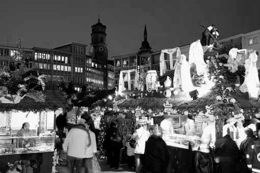 stuttgart in schwarz wei weihnachtsmarkt. Black Bedroom Furniture Sets. Home Design Ideas